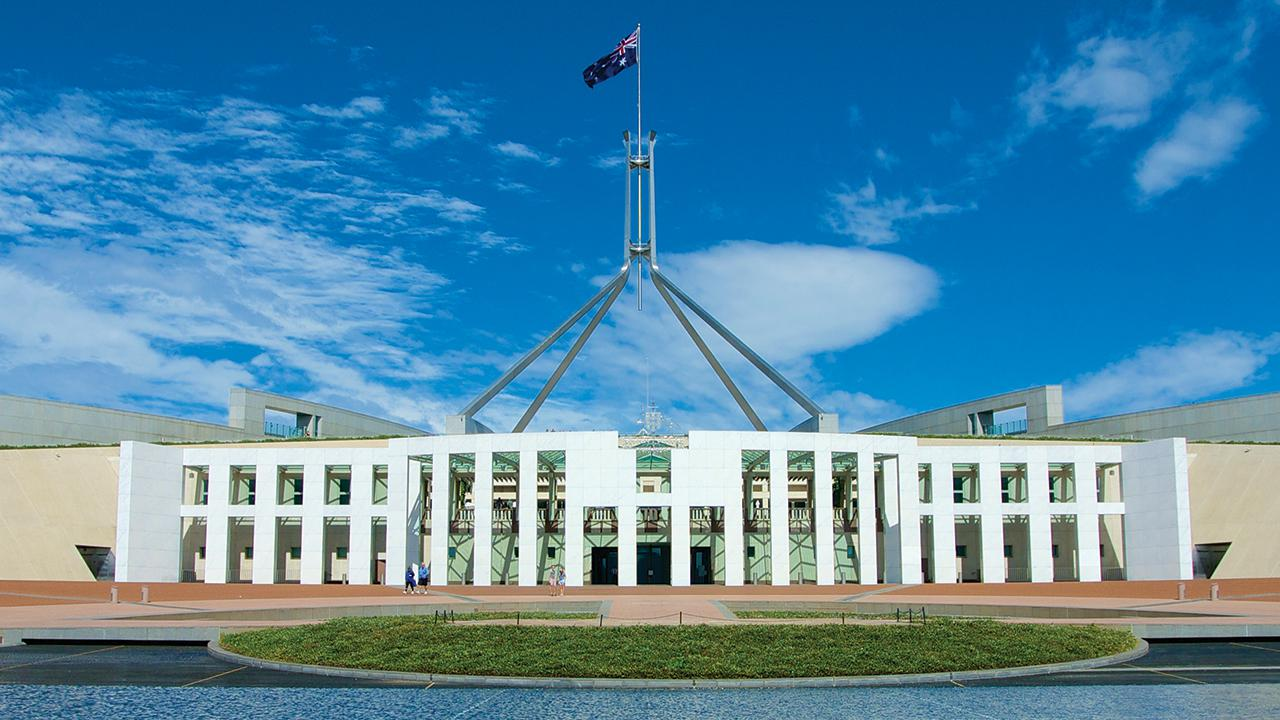How quickly can the Parliament return?   Constitution